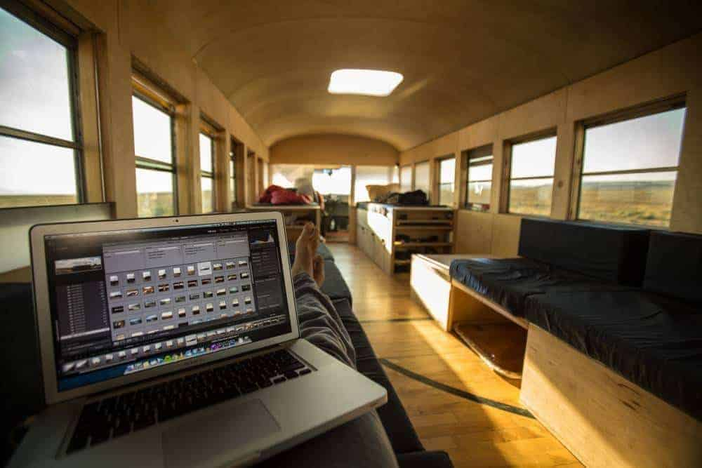awesome digital nomad daily office